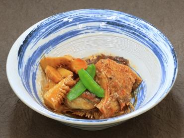 鯛と筍の韓国風アラ炊き