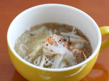 ぽかぽかごまの春雨スープ