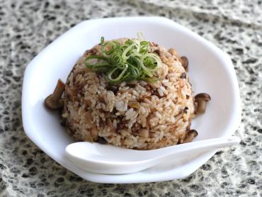 ぽん酢のキノコチャーハン