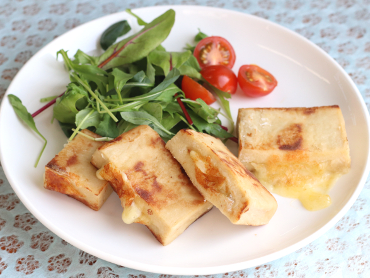 高野豆腐のチーズはさみ焼き