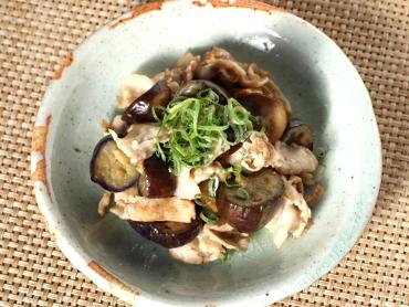 茄子と豚肉の粕炒め